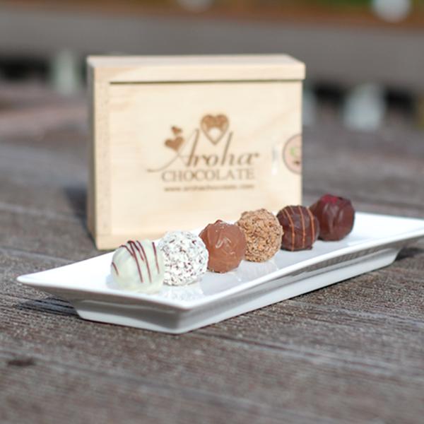 Six Aroha Chocolate Truffles
